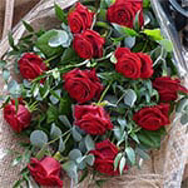 Picture of Traditional Rose Bouquet